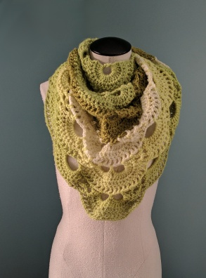 green shawl scarf 3.jpg